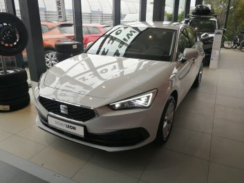 SEAT Leon Full Led 1.5 TSI 130KM, manual